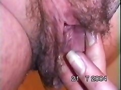 michelle shoveling her knuckle up her large hairy