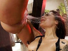 This spurting anal threeway will make you rock hard