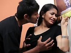 Teenager Girl Enjoying With Psycho Priyudu - Romantic Short Films