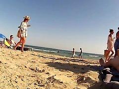 Extraordinaire amateur CFNM, Beach porn clip
