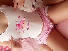 Super cute school teen likes webcam her pink cake puss to u
