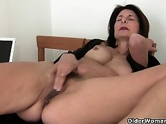 Grandmother takes care of her orgasmic needs