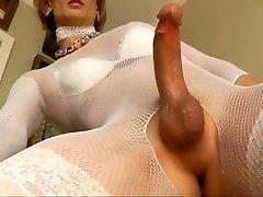 Crossdresser Bree shows us her sexy wardrobe and drains