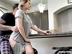 Splendid busty cowgirl Cara May is poked doggy darn great in the morning