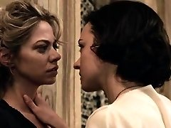 Analeigh Tipton and Marta Gastini in lesbian sex episodes