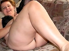 Granny jaw-dropping legs (2)