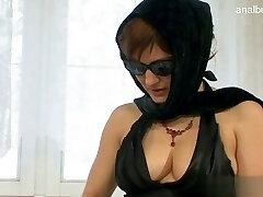 Glamour pussy orgasm