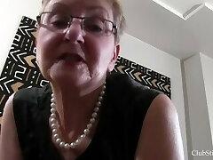Grannie Deep Stinkface Facesitting Session!