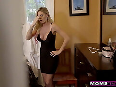 MomsTeachSex - Jizzing On My Hot Moms Big Tits! S9:E4