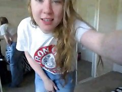 Vivian LIVE on 720CAMS.COM - Camper girl showing on cam