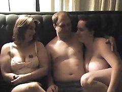 BBW Amateur Threesome