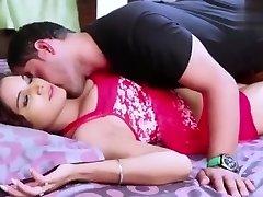 Bhabhi Devar Deep Kissing Bhabhi Ki Garam Jawani- DesiGuyy