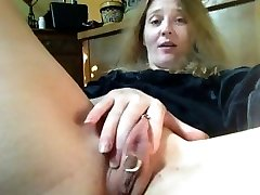 IHorny: Dual Dippin' Chick