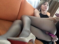 Wife fucks her man in pantyhose and heels