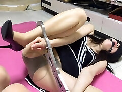 Kittling and Bondage from China