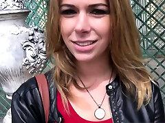 खड़े पीओवी में जर्मन शौकिया पतला किशोर आउटडोर बकवास