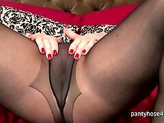 Insane chick in pantyhose is masturbating