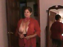 सोलो #28 (दादी दो वीडियो एक ही GILF)