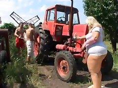 Ssbbw Farmer's Daughter