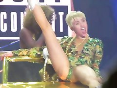 Miley Cyrus - Los Angeles 2014 concert highlights.
