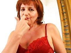 गंदे गांठदार परिपक्व महिलाओं 64 XXX [पोर्न मूवी]