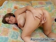 Huge tits bombshell fingerblasting her part2
