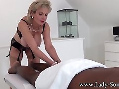 Lady Sonia black guy rubdown with happy ending