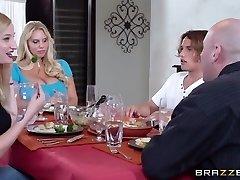 Mommy Got Billibongs: Who Craves Pie?. Karen Fisher, Tyler Nixon