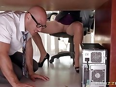Boss Lela Starr gets hold of her counterpart's big dick