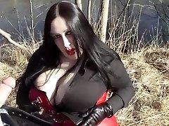 Obchodní Diva Foukání Venkovní - Cum V Její Tvář