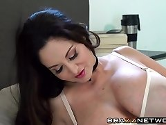 Ava Addams demonstrates the true meaning of being a milf