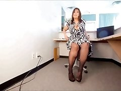 PAWG in Pantyhose