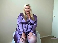 Spectacular PAWG in Nylons