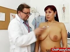 Round red-haired gets a gyno