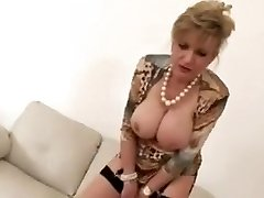 Jerking construction with torrid mature Female