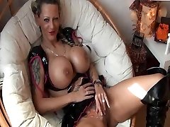 Tattooed German Girl with big Udders gets poked