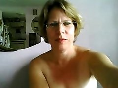 First time mature tits and booty on webcam