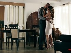 Tall well gifted stud Karlo Karrera gives this super-steamy babe a good dicking