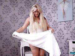 Plump blonde Lizzie disrobes clothes and dances