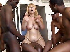 plump mature group sex