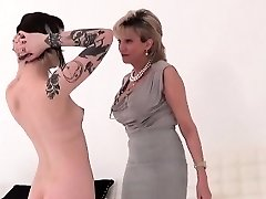 Unfaithful uk mature woman sonia shows her huge naturals