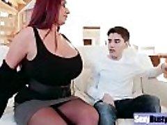 (Emma Rump) Round Big Tits Mommy Enjoy Hard Sex vid-19