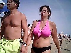 Enormous mammories in bikini mature at beach