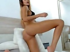 Babe big round firm booty butt sexy long legs shaved pussy