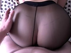 Girl with large booty fucking in pantyhose.