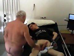 Str8 dad takes care of all needs - hidden webcam