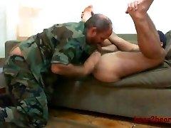 Bear and militar boy...o yeahh