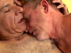 Queer Porno ( New Venyveras 5 )