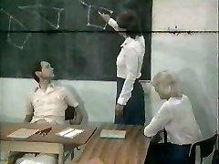 MF 1651 - School Romp