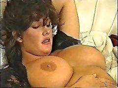 SFTF retro vintage classic 90's dark-haired dol1
